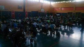 Blick in den Turniersaal, in dem sich 111 Teilnehmer versammelten