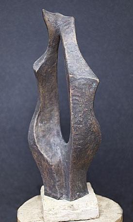 Tanzende Schwestern; 2003; 60cm; Bronze;