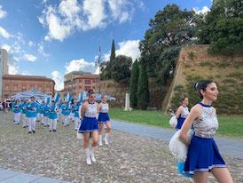 ワイン祭りパレード