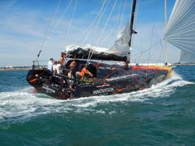 OPEN60AAL mit einem völlig neues Yachtbaukonzept sowie robuster und leistungsstarker Solartechnik von SOLARA.