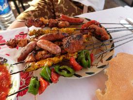 フナ広場の屋台料理