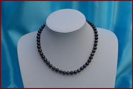 collier de perles de culture blanches de 7 à 7,5 mm: 33 €