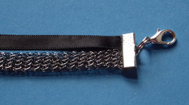 Flaches Armband aus Drahtgewebe