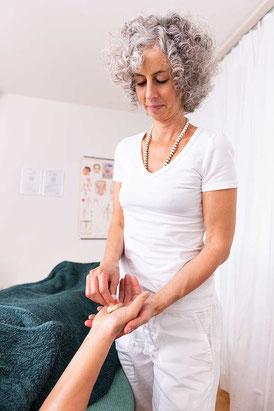 Tibetische Massage, SURYANI, Niederrohrdorf