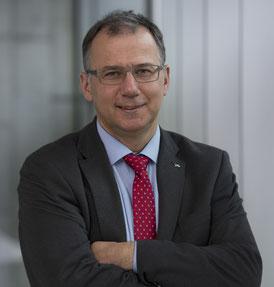Dr. Frank Duschek