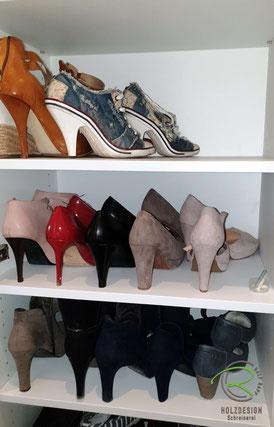 Schuhschrank in Garderobenschrank mit verstellbaren Einlegeböden, Flurschrank mit Garderobennische u. Schuhschrank, Flurmöbel mit Schuhschrank in weiß