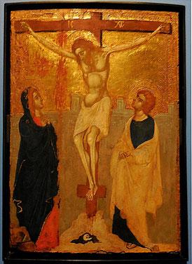 Le Christ en croix, vers 1420-1440, Abruzzes, après restauration / Abbeville, Musée Boucher-de-Perthes