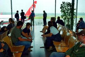Vorstand der Blaskapelle Meeder mitten in den Vorbereitungen zum Flug