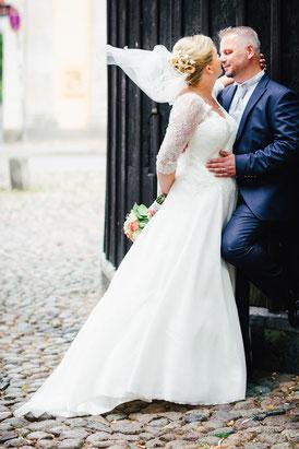 Brautpaar am Stint in Lüneburg - Foto FOTOFECHNER