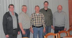 von links: Christoph Vogt (Beisitzer) Heiner Gehring (1.ter Vorsitzender) Manfred Uppenkamp (Schriftführer) Reihhard Schriever (2.ter Vorsitzender) und Martin Cauvet (Kassierer)