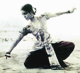clases Bharatanatyam Madrid, Chandrika Chinoy, Rukmini Devi, Clases de danza India Madrid, Danza Clásica India