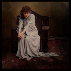 © seriykotik1970 by Flickr licence CC BY-SA 2.0 From an original photograph by Nadar: Sarah Bernhardt as Lady Macbeth.