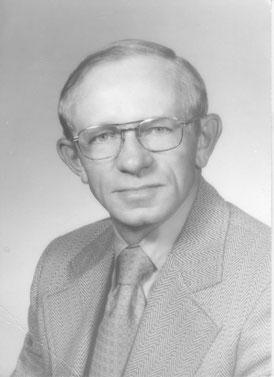 Lloyd Clausen