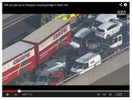 ロンドン郊外霧衝突事故