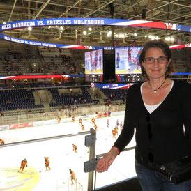 Eishockey, Liebesromane, Regina Wall, SAP-Arena, Adler Mannheim
