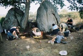 Sondage des monolithes jumeaux du Grand Chiron  à la Boissière de Montaigu