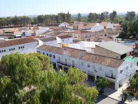 """Edificio del Ayuntamiento en Mesas del Guadalora - (Haz """"clic"""" en la imagen para ampliar)."""