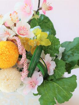 プリザーブドフラワーのひな祭りアレンジ