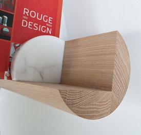 projet design,Bibliothèque en chêne massif, fixation invisible.CCL ebeniste