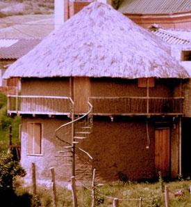 Usos y costumbres Guachavés
