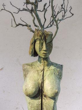 Daphne XII, Bronze, 2017, Höhe 258cm, Unikat