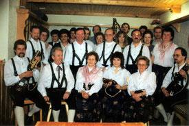 Gründungsfoto mit allen Gründungsmitgliedern