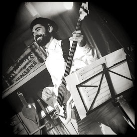 Achim Seifert - Bassist - The Airlettes