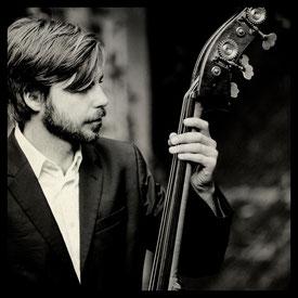 Sebastian Gieck - Bassist - The Airlettes