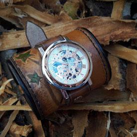 montre bracelet de force en cuir