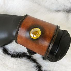 bracelet cuir accessoire médiéval