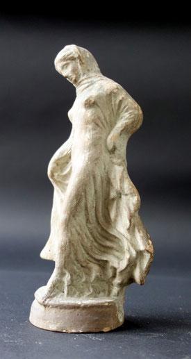 Moulage de la Danseuse Titeux, Terre cuite coulée, XIXe siècle  Legs Boucher de Perthes, 1868 / Abbeville, Musée Boucher-de-Perthes