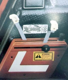 Steuerkonsole für Hydraulik mit Zugwiderstand-, lage- und Mischregelung