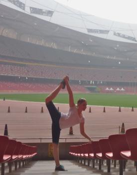 Neele in Peking, im Olympiastadion, Mai 2014.
