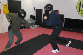 Combatives Bonn Attack Street Force-on-Force Schießausbildung