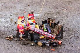 Abgebrannte Feuerwerkskörper. Bild: meineresterampe. Pixabay