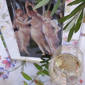 Esprit Involuté cadre art avec un verre de vin