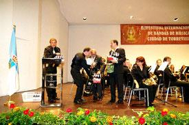 Dank der Blaskapelle Meeder und Rödental an die Organisatoren in Torrevieja