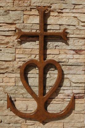Croix de Camargue effet métal rouillé