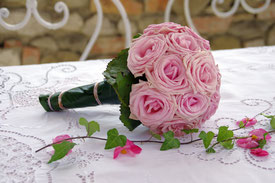 Brautstrauß uni