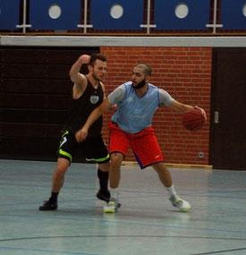Lieferten zuletzt gute Trainingsleistungen ab: Felix Geyer (l.) und Karim El-Sayed (r.). Foto: Fromme