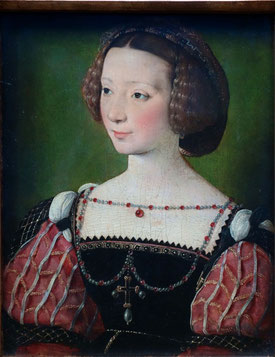 Portrait of Beatrix Pacheco, Countess of Montbel and Entremonts, Francois Clouet, c. 1550, Städel, Frankfurt. picture taken by Nina Möller - Renaissance dress and hair