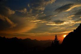Österreich,lechtal,reutte,füssen,dusk,abendröt,wetter,natur,landschaft,himmel,wolken,wandern,trekking,berge,alpen,abendhimmel,dusk sky,alps,alpin,säulinghaus,berghütte,gipfel,hannheimer berge,