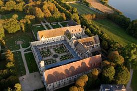 Abbaye de Royaumont. TEMPLE DE PARIS
