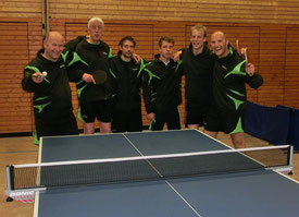 Von links nach rechts: Bernd Hüttner, Arthur Ebert, Karl Böhler, Yannick Fügner, Christoph Schmidt, Martin Hüttner.