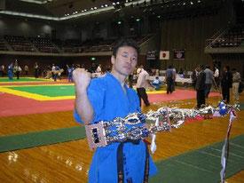 完勝で初優勝を遂げた小野