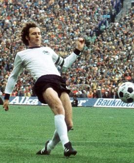 Franz Beckenbauer, le plus grand joueur de l'histoire du football allemand.