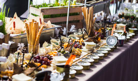 Catering Zürich/Catering Basel/Catering Luzern/Catering Davos/Catering Schweiz/Dynamitechefs/Apero Ideen/Apero Rezepte/Firmen Catering/Eventlocation/Wedding /Hochzeit/Privatchef/Privatkoch/Catering Zürich