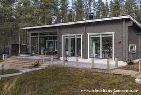 Rustikales Holzhaus in Rundblockbauweise als Alterssitz