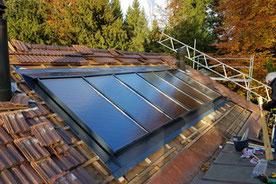 Solarthermie Indach Anlage von bern.solar - Holzrahmenkollektoren