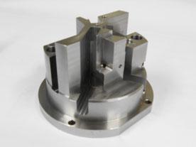 Pièce en acier pré-traité usinée dans notre atelier de mécanique générale en tournage et fraisage 5 axes.